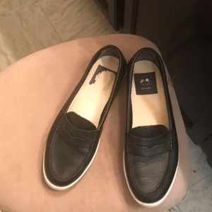 Nice Cole Haan leather flats